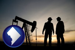 washington-dc map icon and an oil well and two oil workers at dusk